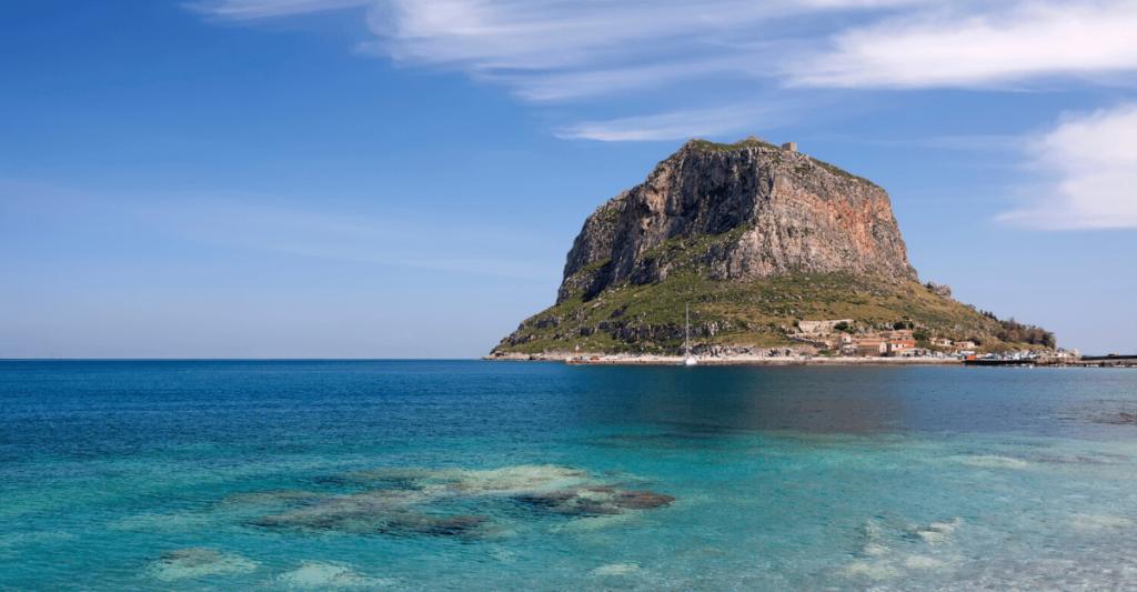 Yoga retreats in Greece